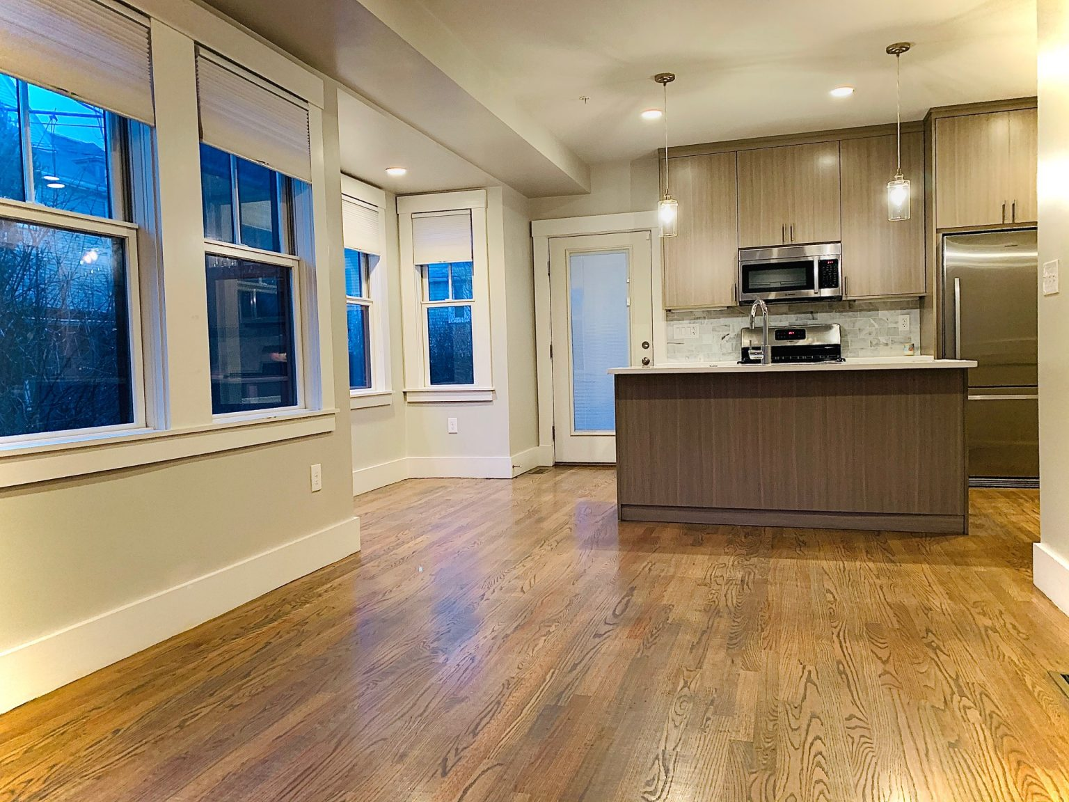 How much does interior house painting costs